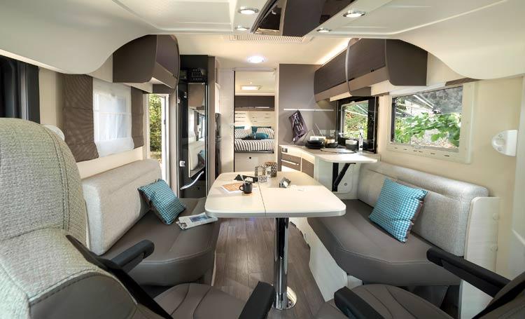 volintegrierte reisemobile chausson volintegrierte wohnmobil und reisemobile. Black Bedroom Furniture Sets. Home Design Ideas
